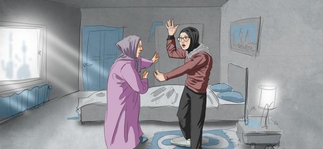 Illustration: Junges Mädchen mit Kopftuch streitet sich mit ihrer Mutter in einem Hotelzimmer